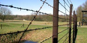 NLD-20040222-WESTERBORK: Kamp Westerbork was tot het einde van de Tweede Wereldoorlog een doorgangskamp van waaruit meer dan 100.000 mensen werden gedeporteerd door de nazi¬s. Het merendeel kwam om. ANPFOTO KOEN SUYK